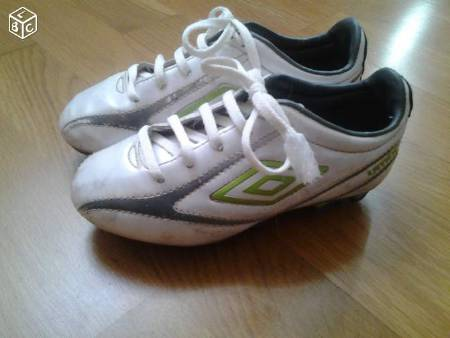 Chaussures de foot Umbro taille 29,5