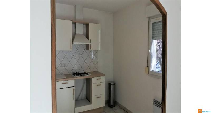 TRES BEL APPARTEMENT MANOSQUE RDC 80 M2 + GARAGE 176 900 €