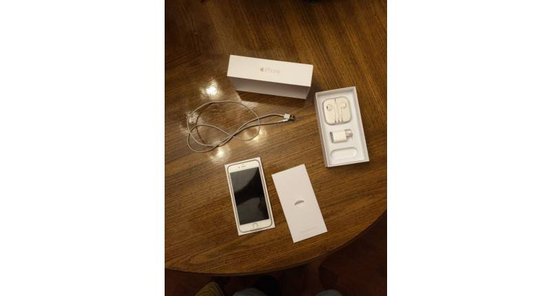 Nouveau Apple iPhone 6 plus 64gb