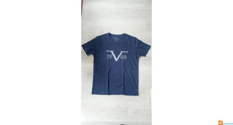 Lot T-shirt Versace 1969