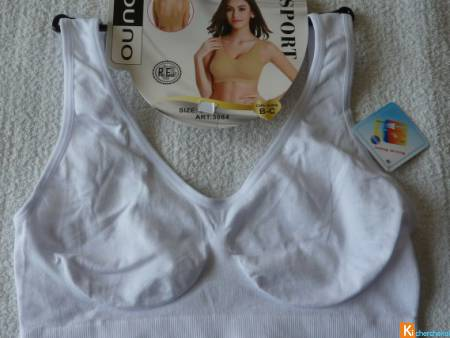 Brassière blanche taille S-M ou L-XL neuf (448)