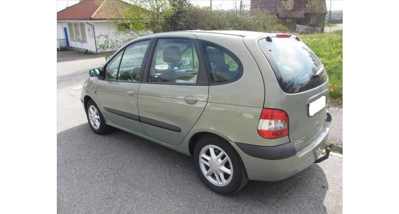 RENAULT SCENIC 1.9 D64 RXE