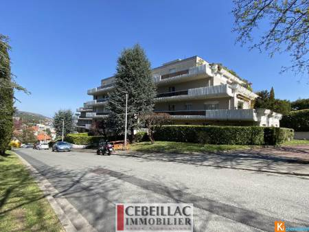 CHAMALIERES Appartement F5 167 m2.