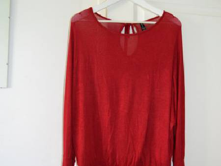 Pull chauve sourie taille 40
