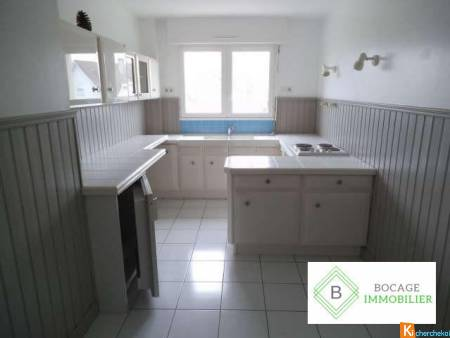 GRAND APPARTEMENT TYPE 3 EN RESIDENCE A BRESSUIRE - Bressuire