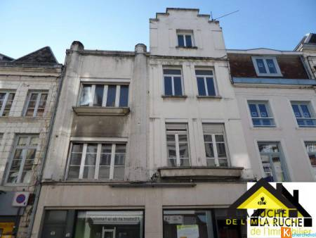 IMMEUBLE / CELLULE COMMERCIALE + APPARTEMENT - Arras