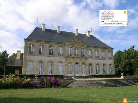 LOCATION GRAND APPARTEMENT DANS UN CHATEAU BOURBONNAIS