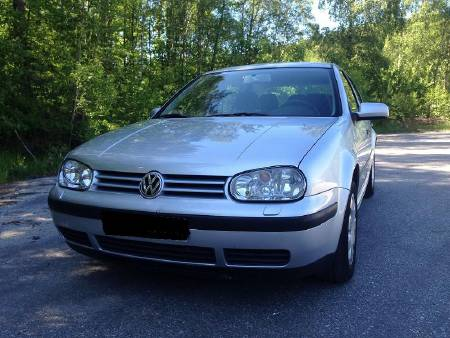 Volkswagen Golf 1,6 2001