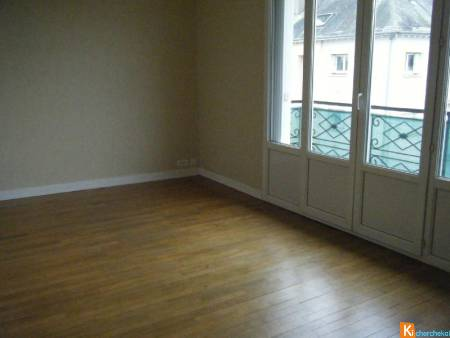 CHATEAUDUN - Appartement F3