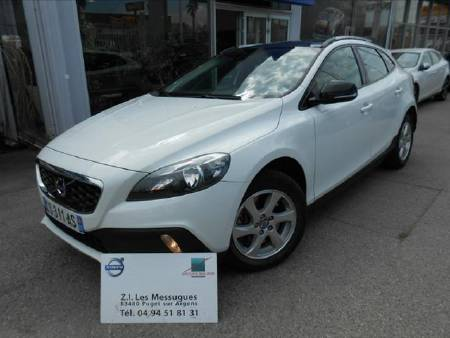 Volvo V40 cross country D3 150ch Momentum S&S