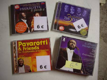 divers CD de PAVAROTTi + PAVAROTTI & Friends