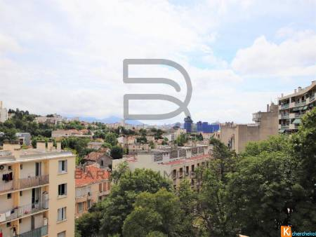Vente appartement de type 4 de 72 m2 avec balcon quartier Saint Just 13013