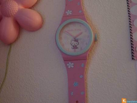 HORLOGE MURALE MONTRE HELLO KITTY 92cm 10euros