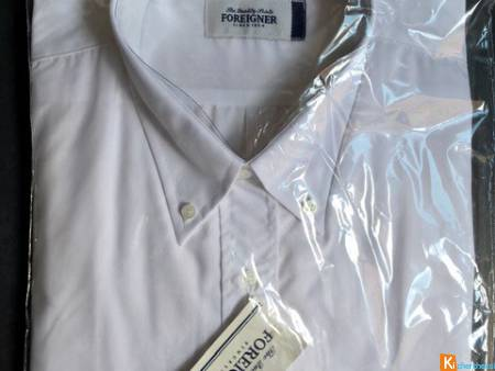 CHEMISE FOREIGNER TAILLE 4 BLANCHE