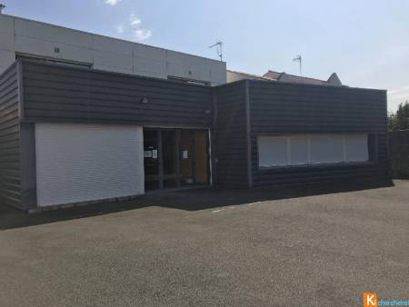 CHALLANS - Local Commercial - 430 m2