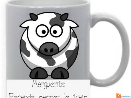 Mug marguerite regarde passer le train