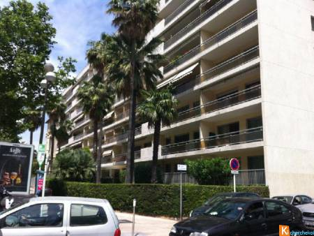 Parking - garage - box - CANNES