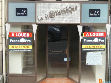 LOCAL COMMERCIAL 50 M2 CHERBOURG CENTRE
