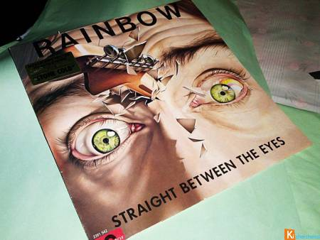 Vinyle 33 T RAINBOW / Straight between the eyes