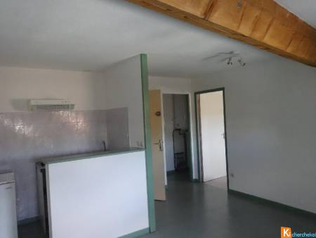 CENTRE VILLE CASTELNAUDARY APPARTEMENT TYPE 2