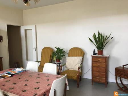 EXCLUSIVITE- APPARTEMENT AU DEUXIEME ETAGE AVEC ASCENSEUR CENTRE SEDAN