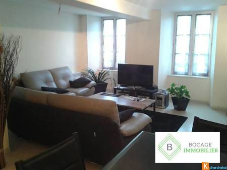 APPARTEMENT T3 CENTRE VILLE - Bressuire