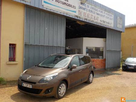 Renault GRAND SCENIC III Grand Scénic Iii Dci 130 Expression 7 Pl