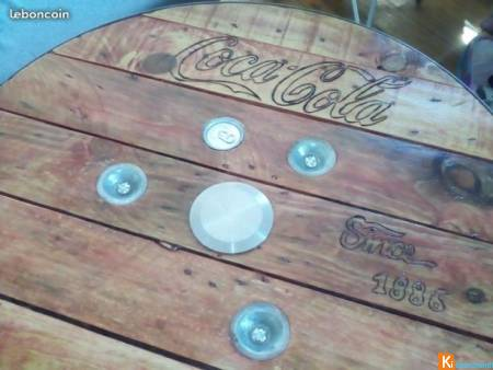 Table coca cola vintage