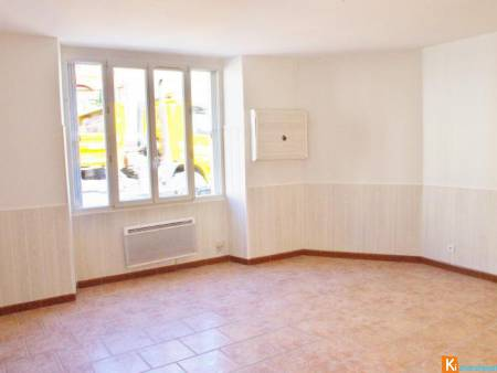 Villiers Saint Georges appartement de type F4