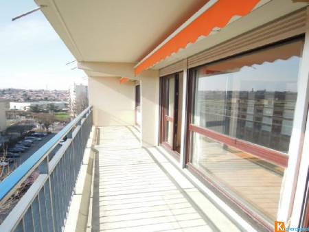 APPARTEMENT 5 PIECES CAVE ET PARKING - Thiais