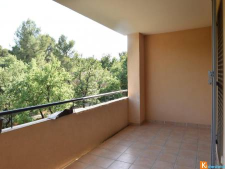 A LOUER APPARTEMENT T2 CHATEAUNEUF LE ROUGE
