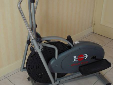 Entraineur ORBIT GYM fitness