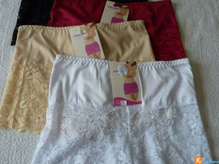 Lot de 4 Shorty taille 42 ou 48 neuf (lot7)