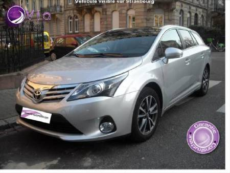 Toyota Avensis sw 124 D4D skyview