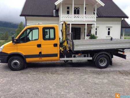 Camionnette Iveco Daily 70 benne