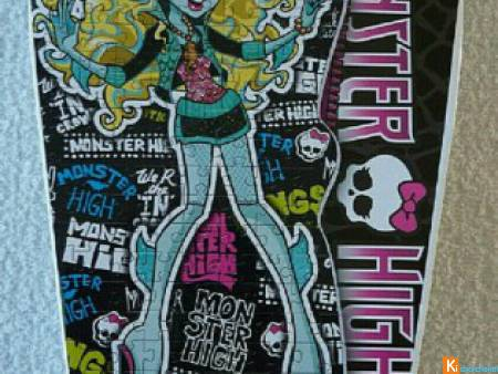 Puzzle Monster High Lagoona Blue neuf