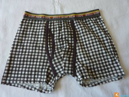 Boxer taille M neuf (200)