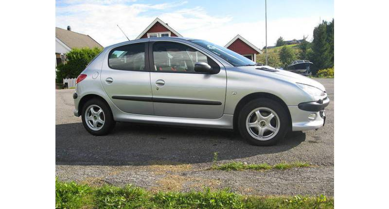 Impeccable Peugeot 206 (2) 1.4