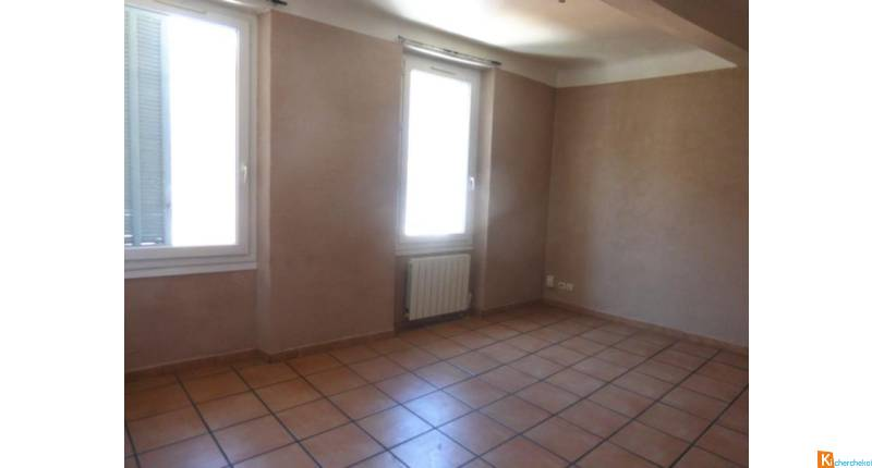 APPARTEMENTS  3 lots A VENDRE DANS LA MËME RESIDENCE UN T2 ET UN T3 ET UN LOCAL  TOULON PONT DU LAS IDEAL INVE