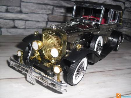 Ancienne voiture miniature 1/24 (Lincoln / Rolls..