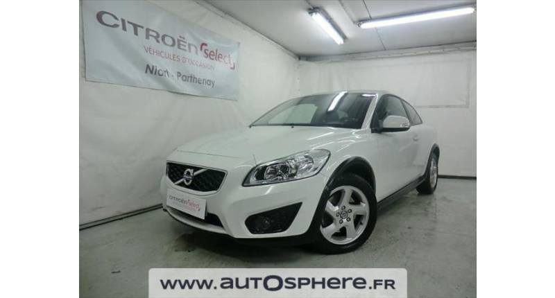 Volvo C30 D3 150ch Momentum Geartronic