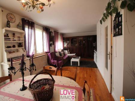 ACCES A43 4mn GARE 6mn APPARTEMENT TRAVERSANT