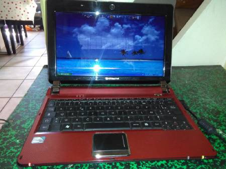 netbook rouge