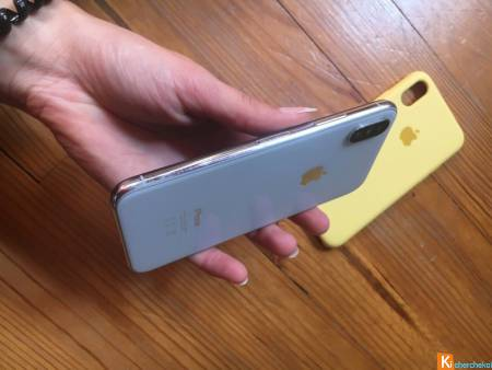 Iphone X - Argent - 64GB - comme neuf