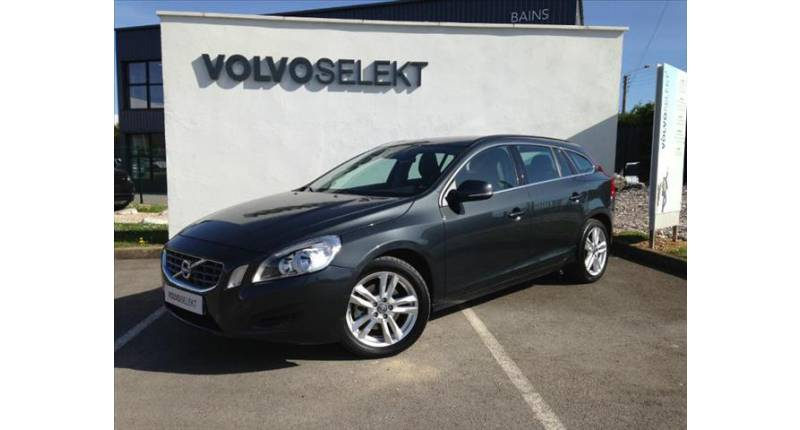 Volvo V60 D3 136ch Momentum S&S