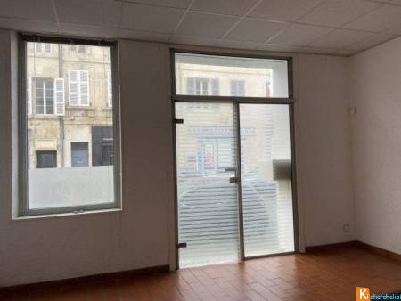LOCAL COMMERCIAL - ROCHEFORT CENTRE VILLE - Rochefort