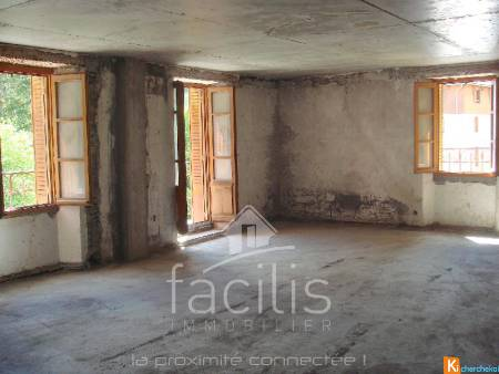 APPARTEMENT 100 m2 A TERMINER