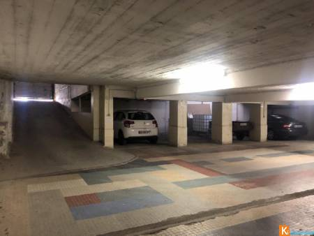 Parking complet ideal investisseur