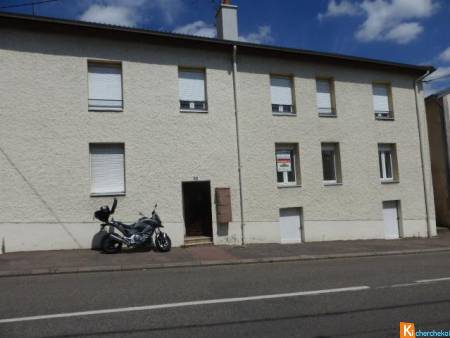 PAGNY SUR MEUSE: GRAND APPARTEMENT F2
