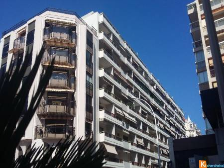 CANNES BANANE grand appartement traversant de 88 m2+cellier+2 terrasses+Box